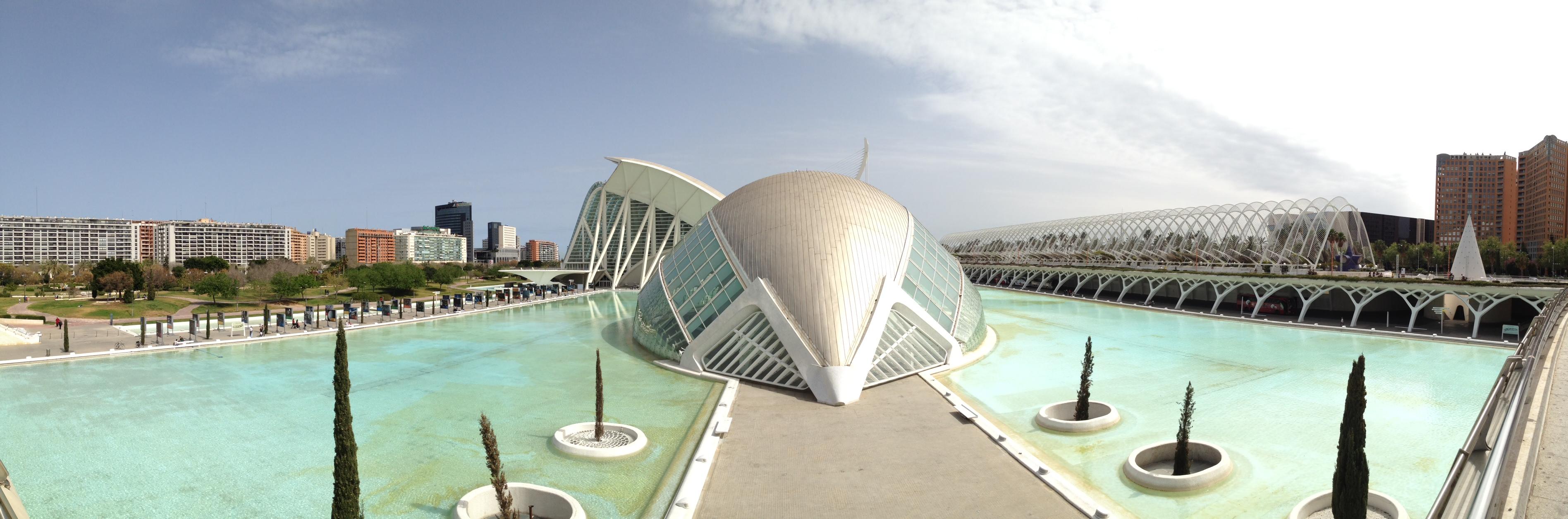 Pano im verlegten Flussbett in Valencia